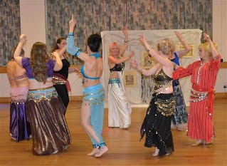 harlow belly dance class