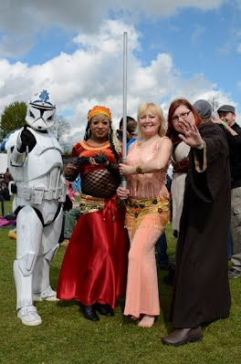 STAR WARS AND THE BELLY BELLES